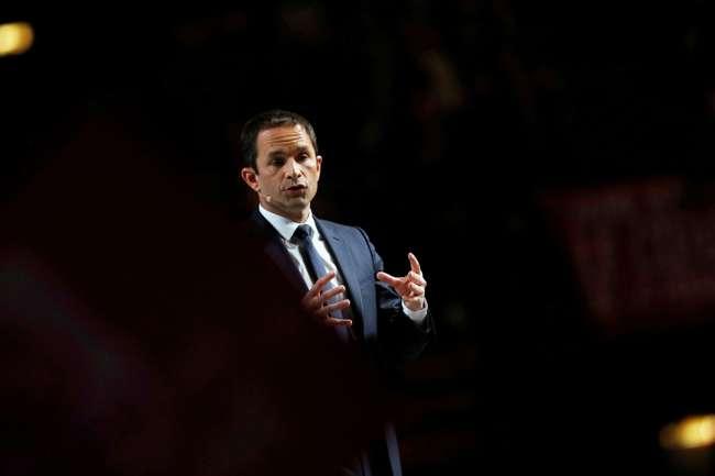 « Lettre aux orphelins d'une grande idée » : tribune de Benoît HAMON dans Le Monde