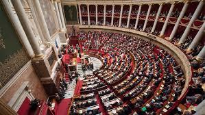 Motion de censure déposée par les trois groupes de gauche à l'Assemblée Nationale