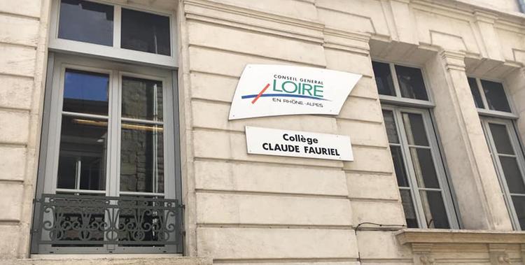 Soutien à la communauté éducative du collège Claude Fauriel après un accident de bus lors d'une visite pédagogique